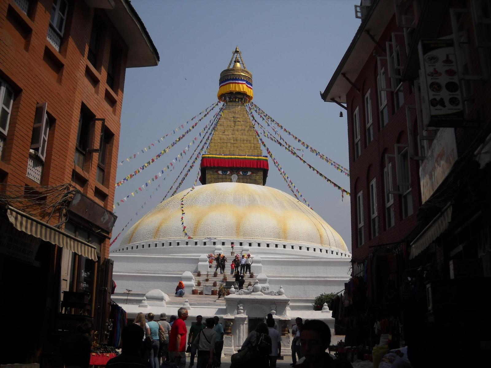 ネパール最大の仏塔「ボダナート」
