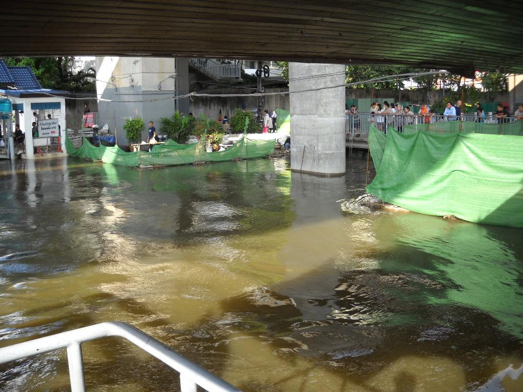 チャオプラヤー川(2011年10月29日)