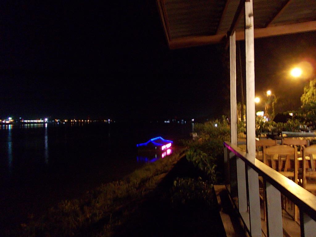 タイを眺めながら