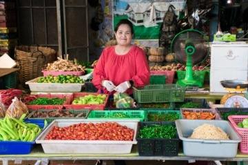 シラチャ市場では野菜も